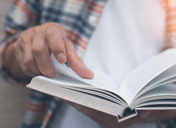 5 Life-Changing Books Written by the Greats